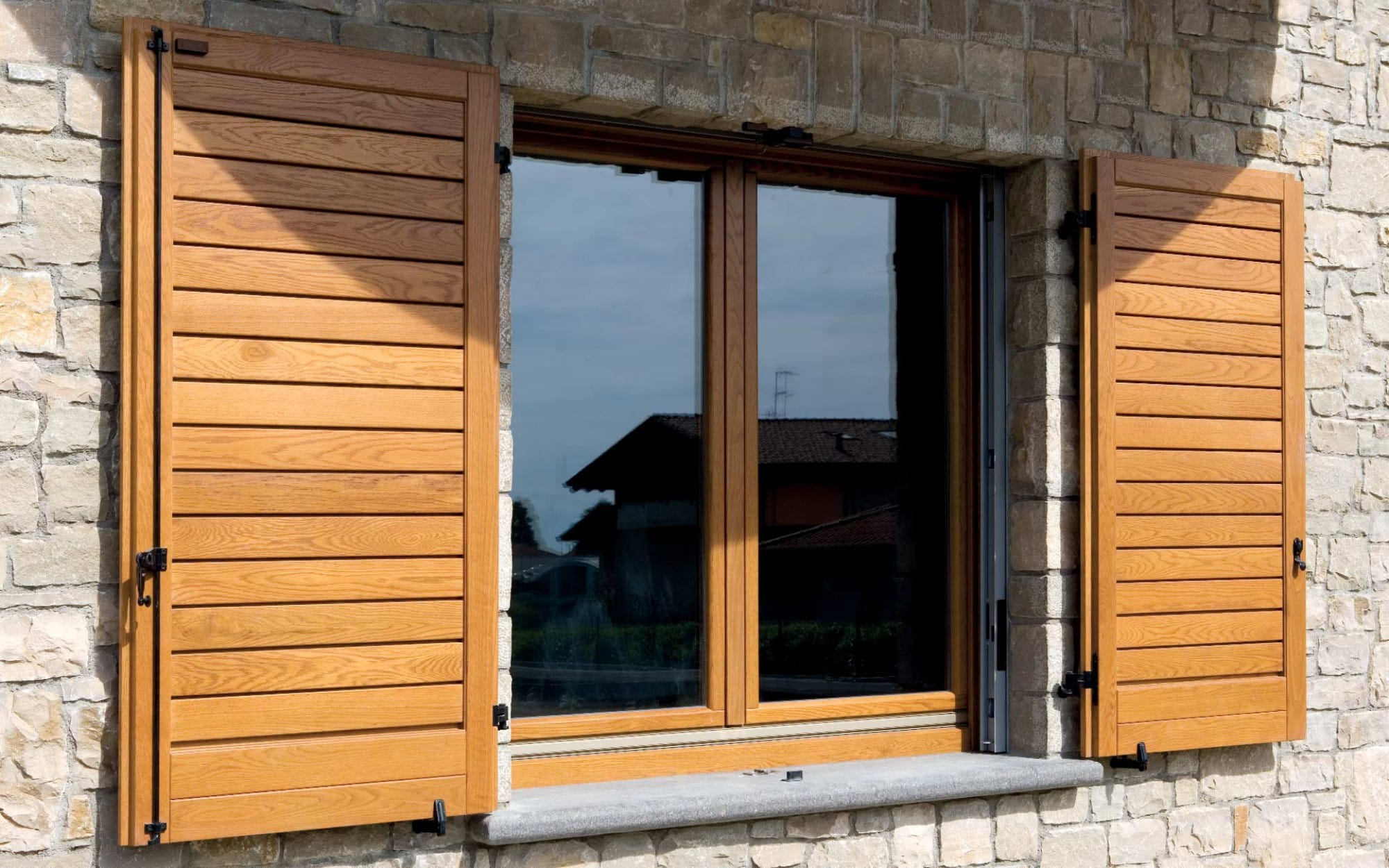 corbetta-serramenti-persiane-in-legno